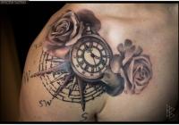 invictus-tattoo-berlin-Biro-Blanka-tetovalo-tattooist-tattoo-artist-rose-rozsa-uhr-clock-realistic-realistisch