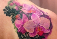 Invictus-Tattoo-Budapest-Berlin-Bori-Falvay-tetovalo-tattooist-artist-virag-flower-2