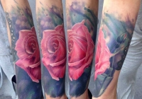 Invictus-Tattoo-Budapest-Berlin-Bori-Falvay-tetovalo-tattooist-artist-watercolor-aquarell-rose-rozsa-realistic-farbe