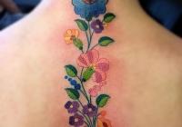 Invictus-Tattoo-Berlin-Budapest-tattoo-artist-taetowierer-Csaba-Koszegi-blume-flower-bunt-farbe