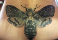 Invictus-Tattoo-Berlin-Budapest-tattoo-artist-taetowierer-Csaba-Koszegi-lepke-schmetterling-realistic-realistisch-schwarz