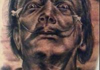 Invictus-Tattoo-Berlin-Budapest-tattoo-artist-taetowierer-Csaba-Koszegi-portrait-schwarz