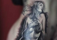invictus-tattoo-berlin-budapest-laci-kovacs-realistic-scharzweiss-blackandgrey-mermaid