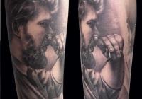 invictus-tattoo-berlin-budapest-laci-kovacs-realistic-scharzweiss-blackandgrey-portait-3