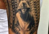 invictus-tattoo-berlin-budapest-laci-kovacs-realistic-scharzweiss-blackandgrey-portait-man-building-city