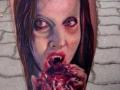 nvictus-Tattoo-Budapest-Berlin-Szilvasi-Gyula-tetovalo-tattooist-artist-Natur-flora-fauna-realistic-realistisch-frau-horror