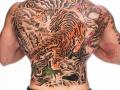 nvictus-Tattoo-Budapest-Berlin-Szilvasi-Gyula-tetovalo-tattooist-artist-Natur-flora-fauna-realistic-realistisch-japan-asiatisch-tiger-tigris