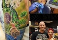 nvictus-Tattoo-Budapest-Berlin-Szilvasi-Gyula-tetovalo-tattooist-artist-Natur-flora-fauna-realistic-realistisch-schnecke-blume-wald-flower-slug
