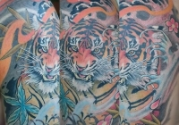 Invictus-Tattoo-Budapest-Berlin-tetovalo-szalon-parlor-Teglas-Attila-Tiger-asian-tigris
