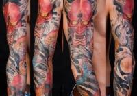 Invictus-Tattoo-Budapest-Berlin-Teglas-Attila-tetovalo-realistic-skull-schlange-kigyo-japanisch-snake