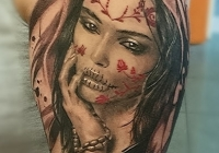 Invictus-Tattoo-Budapest-Berlin-Teglas-Attila-tetovalo-realistic-frau-portrait
