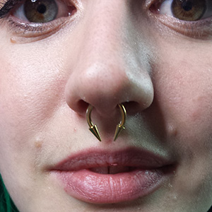 Invictus Tattoo Berlin Piercing_002